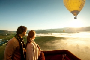 Hot air balloon Yarra Valley by R Blackburn