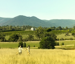 Picnic time in the Yarra Valley : Paoli Smith
