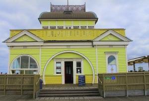 St Kilda Pier cafe kiosk