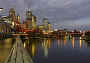 The Yarra at night