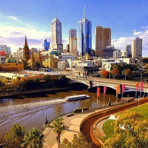 The Yarra, Melbourne skyline: Peter Dunphy