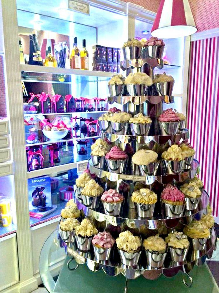 Cupcakes fountain