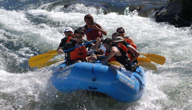 White Water Rafting on Tara River