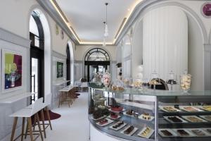 Gourmet Corner Regent Porto Montenegro Tivat