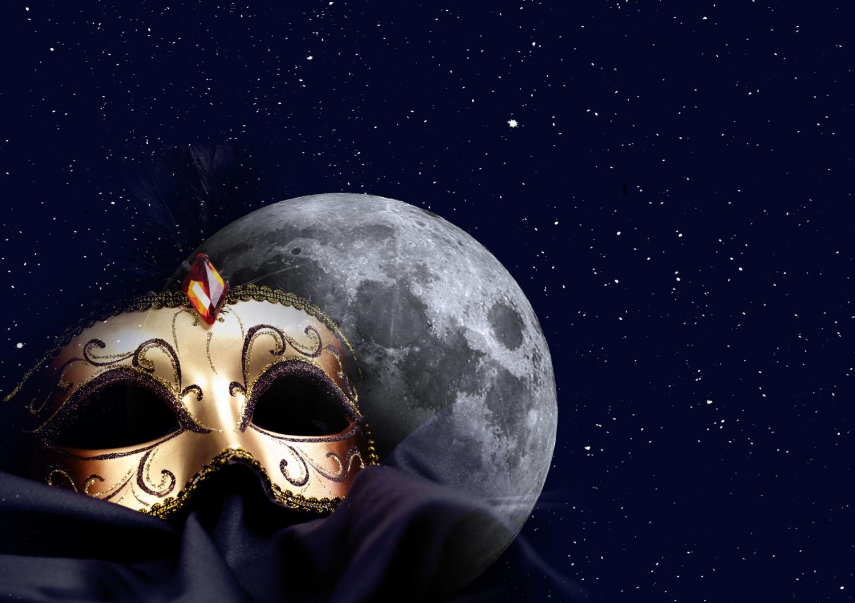 Full Moon Masked Dinner