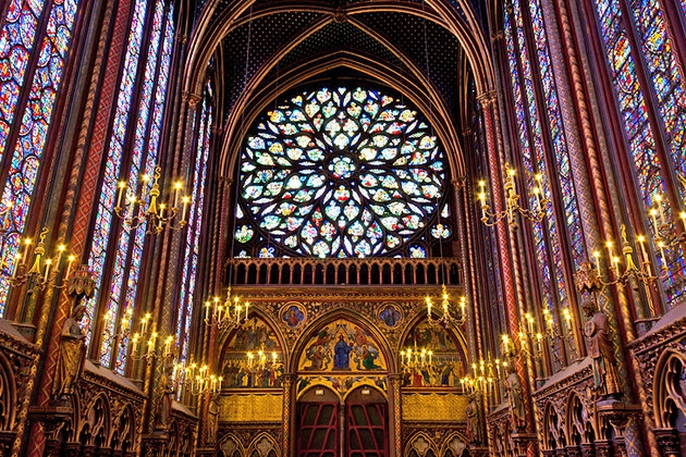 Saint Louis and Relics of the Sainte-Chapelle