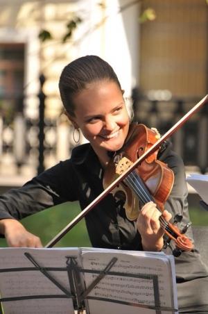 Violinist at Arkhangelskoye Estate