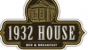 1932 House Bed & Breakfast