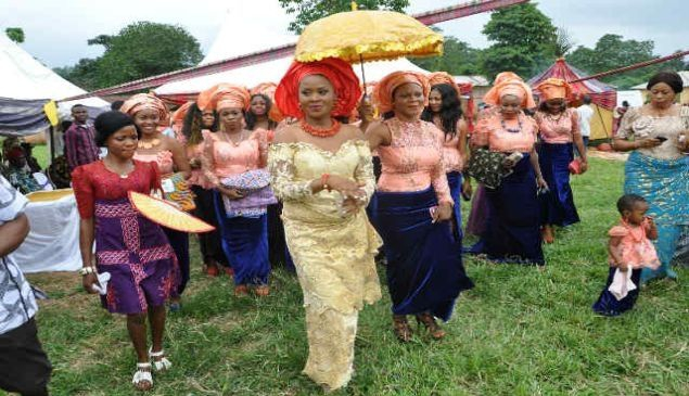 An igbo bride searching for her groom with the Iko