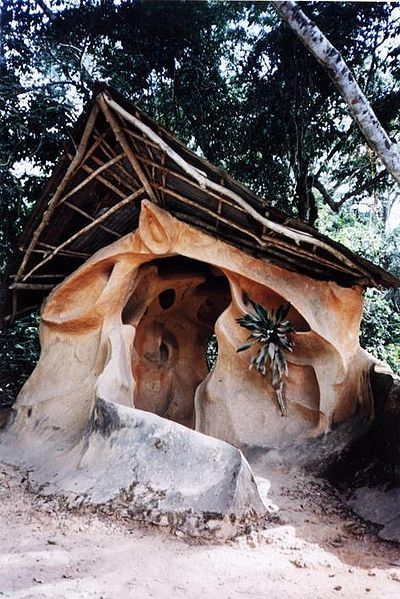 A shrine in the Osun-Osogbo Sacred Grove; Alex Mazzeto