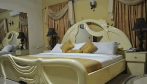 Nanet Hotel