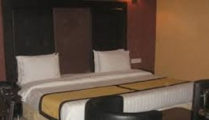 Pearl Suites Hotel