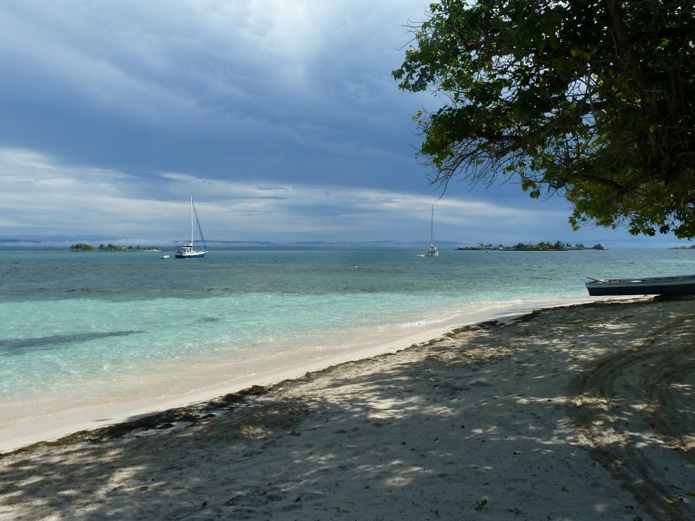 Beach in El Porvenir Island