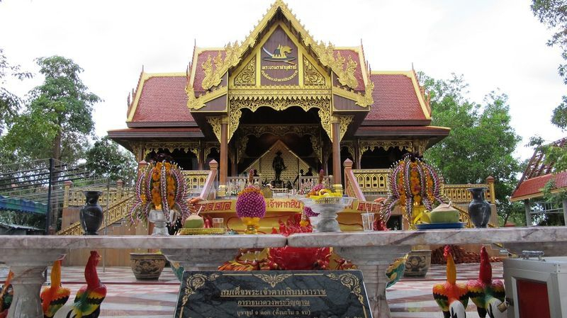 King Tak Sin Shrine, Chantaburi