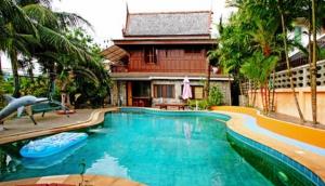 Baan Tippada - Thai Style Villa
