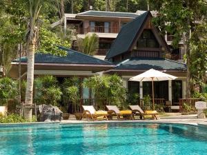 Luxury villa & swimming pool