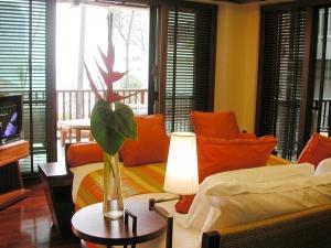 Guest room @ Centara Grand Beach Resort & Villas Krabi