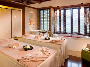 Spa with treatment tables and tub