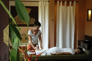 Massage treatment @ Sukko Spa