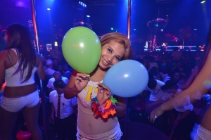 Dancing with the balloons