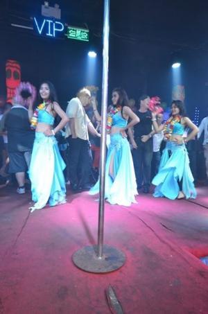 Dancing on a Tahiti night