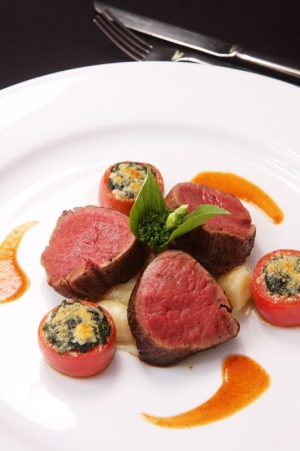 Seared baked filet mignon