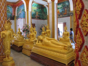 Human-sized wax models of the three revered monks.