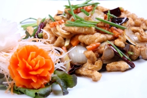 Gai Pad Mamuang (Fried Chicken and Cashew Nut)