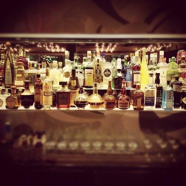 Santaella Bar