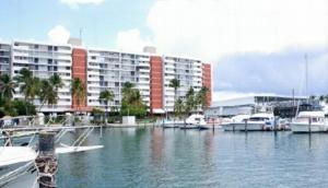 Inversiones Isleta Marina