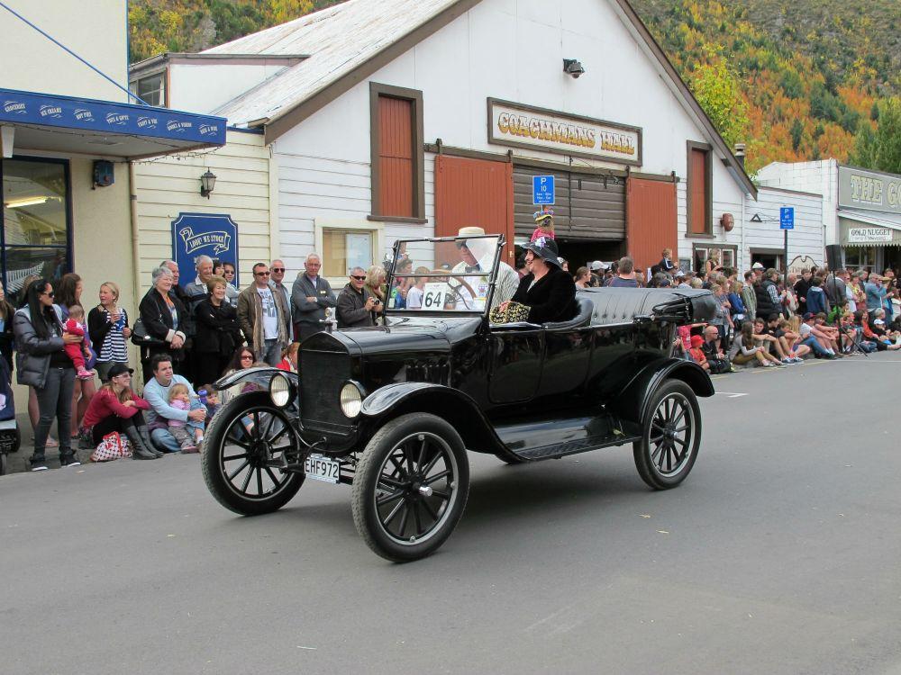 2012 Street Parade, Arrowtown Autumn Festival