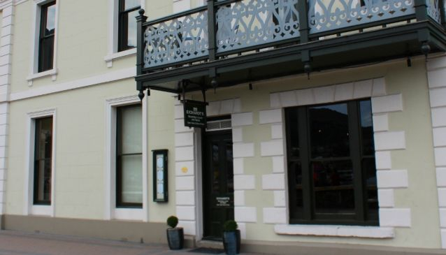 Eichardt's Bar