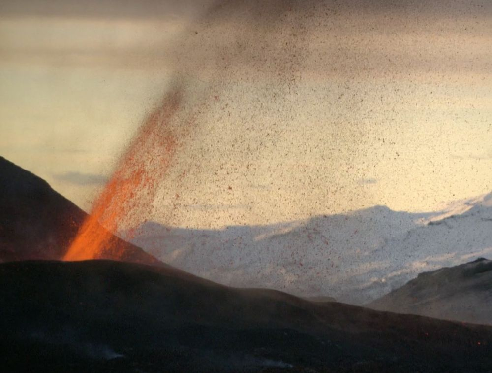 (Image Credit: The Volcano House)
