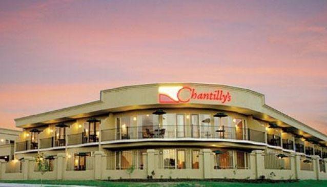 Chantilly's Motor Lodge