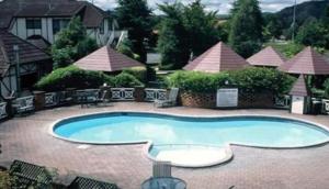 Silver Oaks Resort