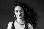 Evening Acoustic - Stella Maris (Guitar & Vocals)