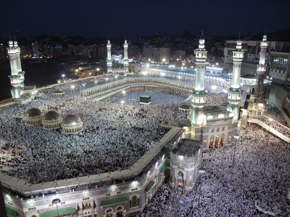 Pilgrimage in Mecca (photo by: Al Jazeera English)