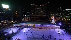 Ice Skating Seoul City Hall