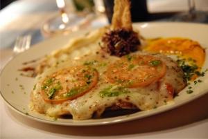 Popular dish, Milanesa
