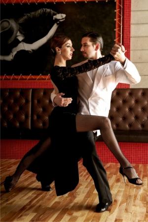 Live Tango shows!