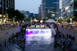 Cheonggye Stream Main Entrance