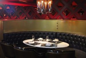 Steak restaurant table setting