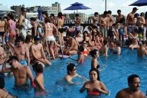 Hamilton Hotel Outdoor Rooftop Pool