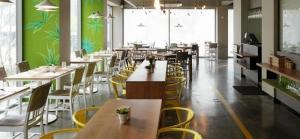 Dining & Cafe
