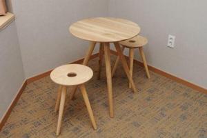 Corner Suite stools