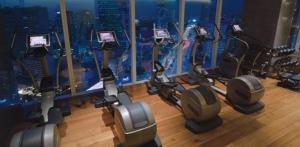 Fitness Studio with night views