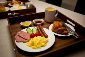 The Zip American breakfast