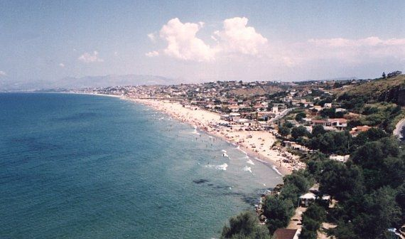 beach near Castellammare de Golfo