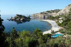 Isola Bella by Luigi Strano