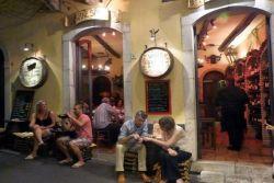 wine bar Taormina by Luigi Strano